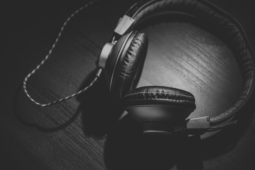 photo-Headphones-music