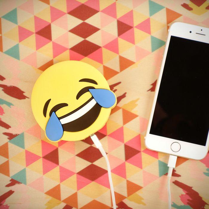 Chargeur pour smartphone mobile émoticône